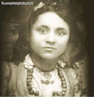 Mother Teresa (Agnes Gonxha Bojaxhiu) childhood picture (1)